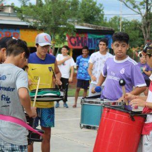 Costumbres argentinas, de acá y de allá